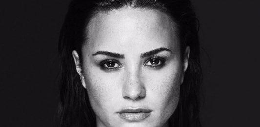 Demi Lovato en su photoshoot para el álbum 'Tell Me You Love Me'