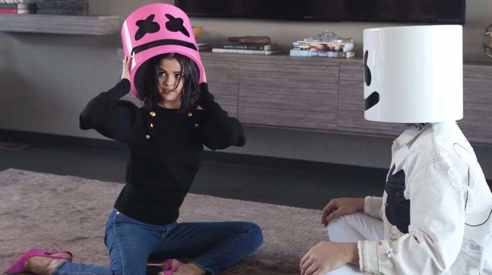 Selena Gomez lanza el videoclip de 'Wolves' junto a Marshmello
